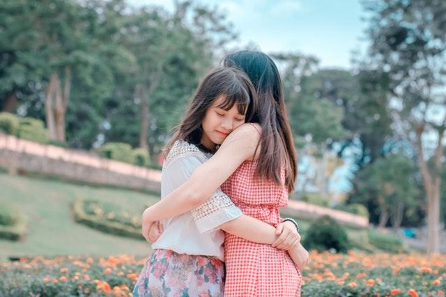 dodici abbracci